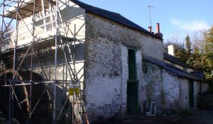 Rebuilding of the gable end